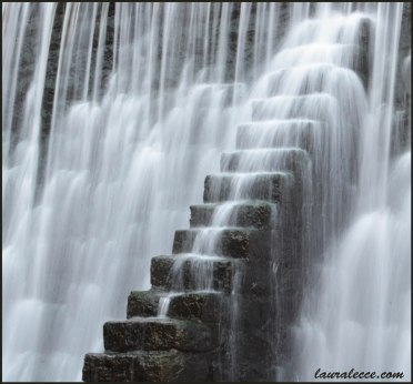Silent stairs with soft water